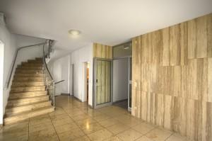Eingangsbereich-innen